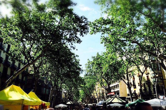 Private Las Ramblas Walking Tour and Iberian Ham Experience in Barcelona