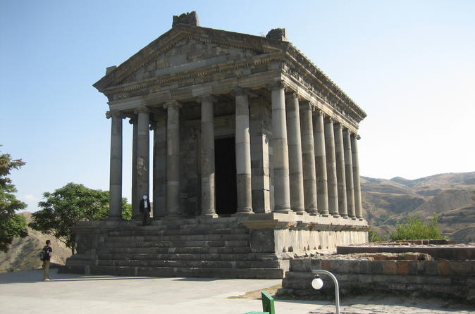1-Day Tour to see Yerevan, Garni and Geghard