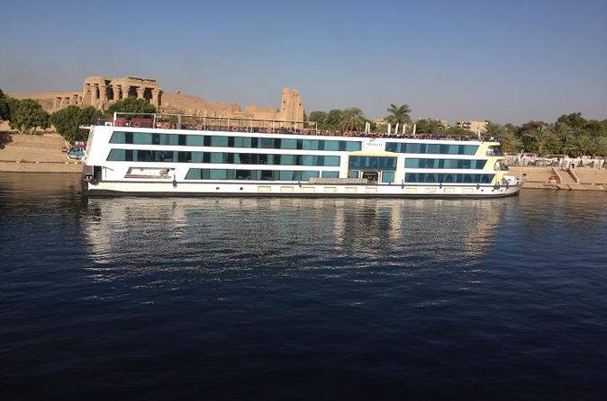 Nile Cruise Luxor to Aswan 4 Nights 5 Days from Hurghada