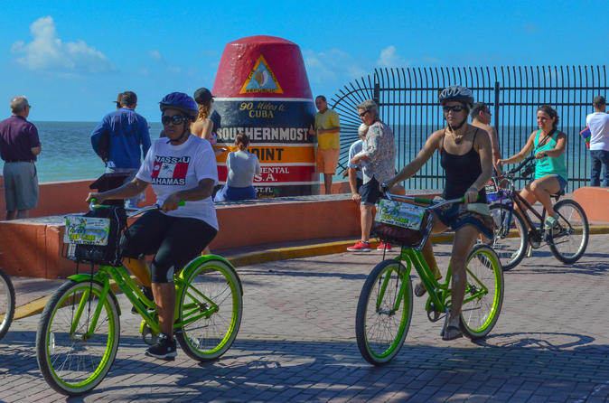 Guided bicycle tour of Old Town Key West