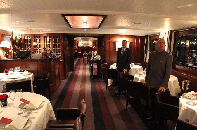 VIP Luxury Yacht Gourmet Dinner Cruise