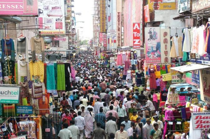 Shopping Tour By Fathima - 4 Hours