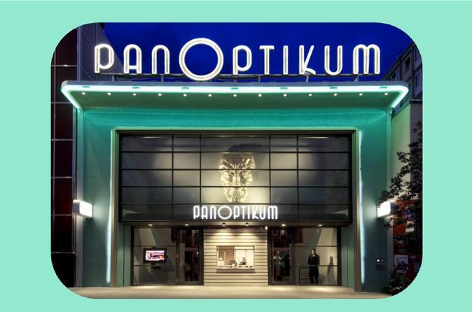 Guided Hamburg Panoptikum Tour Including Coffee And Cake in St. Pauli