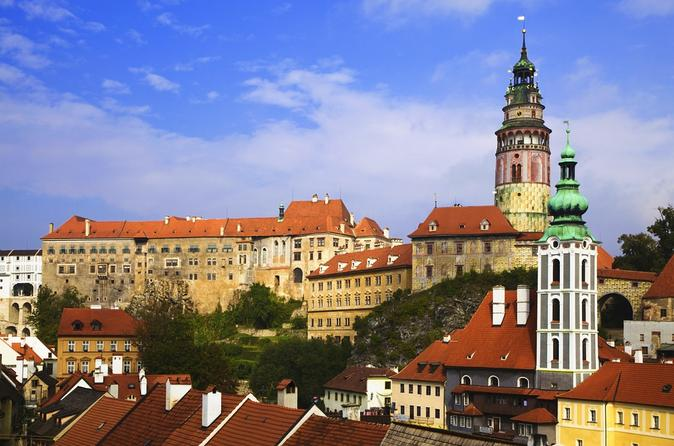 Private Transfer from Passau to Prague with Stopover in Cesky Krumlov