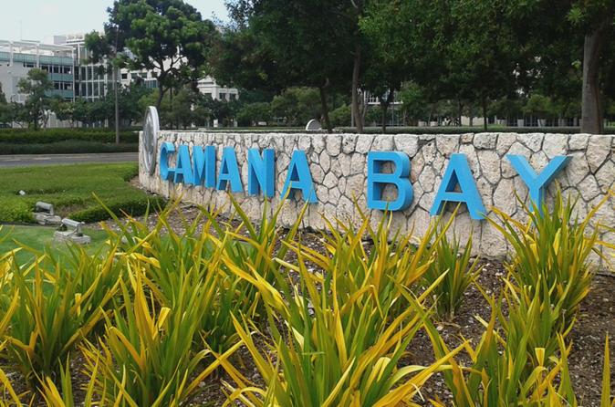 Camana Bay Tour Plus Royal Palms Beach