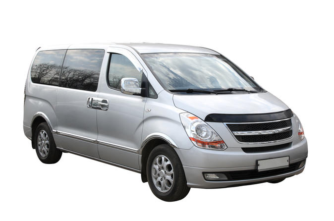 Transfer in private Minivan from Santiago Airport to City