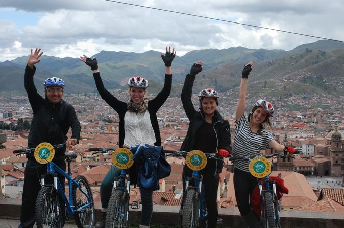 Excursão de bicicleta pela cidade de Cusco