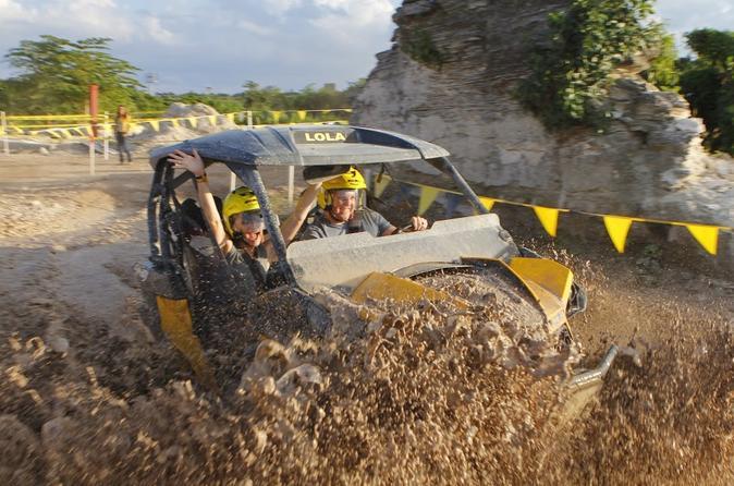 UTV Off-Road, tirolesa com paintball ou Experiência de condução na lama em Cancun