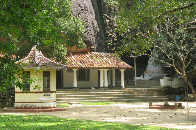 The Last Kingdom Private Day Tour in Kandy - Tour