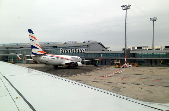 Private transport to from bratislava airport to zilina region in bratislava 235333