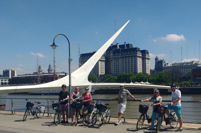 Half-Day Bike Tour: North Buenos Aires City Landmarks