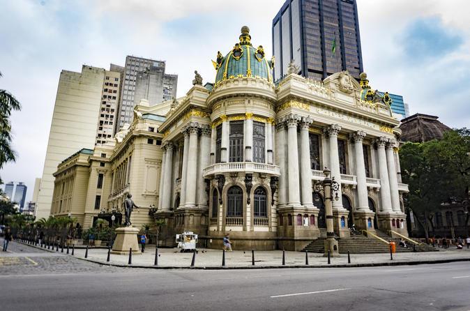Excursão ao Teatro Nacional e Biblioteca Nacional