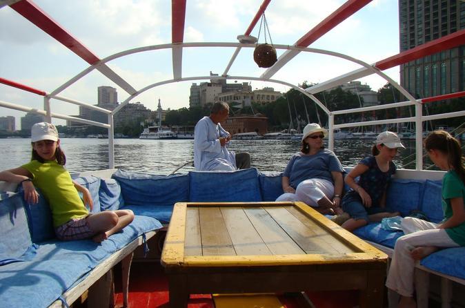 Felucca particular no rio Nilo