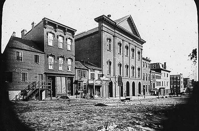 Abraham Lincoln's Washington Walking Tour - Washington D. C.