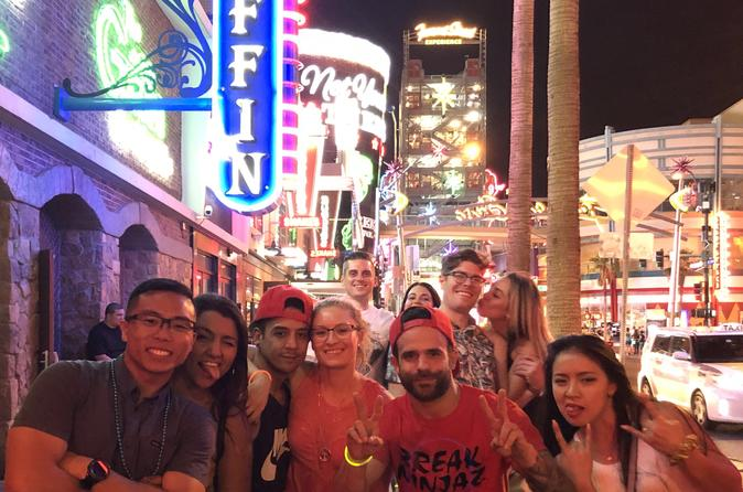 Bar Crawl On Fremont Street