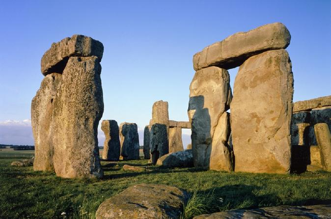 Bath, Stonehenge, and Secret Place Small Group Tour from London