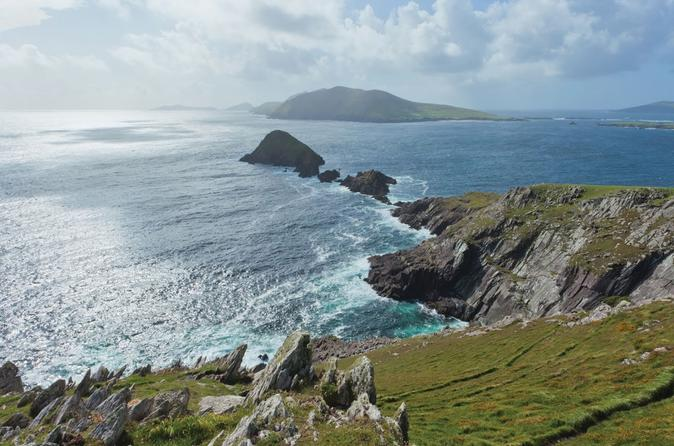 Dingle and Blasket Visitor Center Tour from Killarney