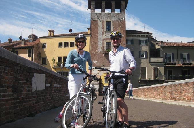 Verona highlights bike tour including a coffee or ice cream break in verona 269387