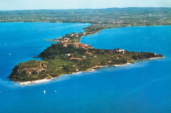 Tour of the sirmione peninsula in sirmione 255769