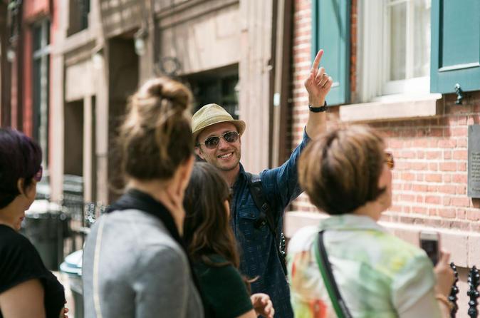 Private New York City Off the Beaten Path Walking Tour Including Irish Pub Visit