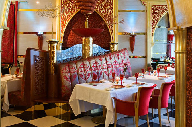 Dinner at Al Iwan in Burj al Arab with private Transfers
