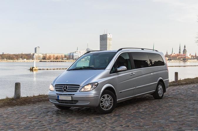 Private Minivan Transfer from Tartu to Riga and from Riga to Tartu