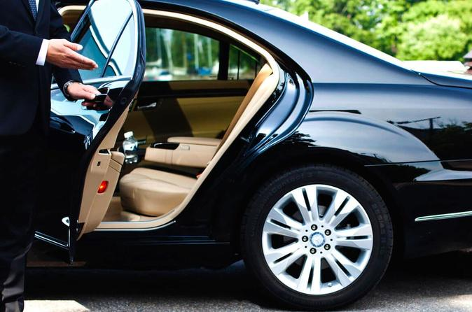 Private Transfer from Hamburg Airport to Hotel in Hamburg