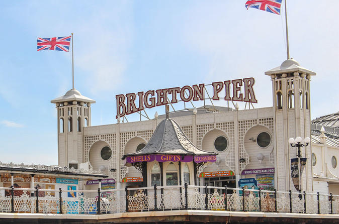 Brighton Pier Tour with Lunch at English Pub