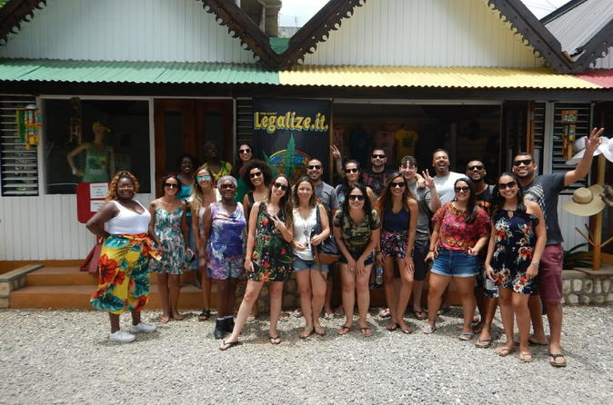 Falmouth Shore Excursion: Bob Marley King of Reggae Nine Mile Tour
