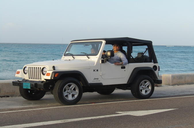 Experience Jeep, Beach and Local Lunch
