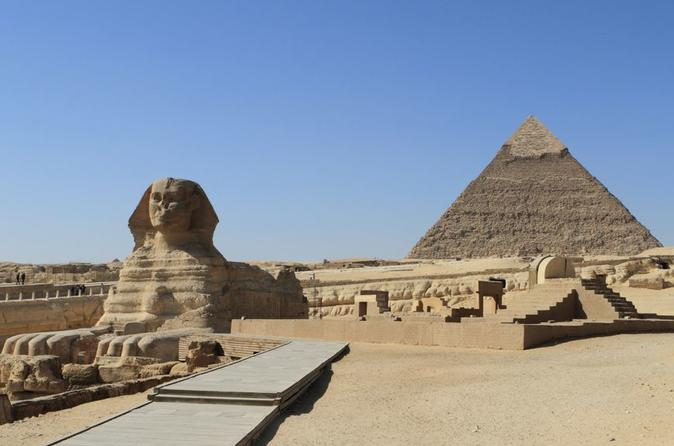 Full day Private tour to Giza pyramids, Sphinx and Sakkara From Cairo