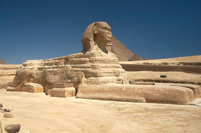 private Layover tour from Cairo airport to the Giza pyramids, Sphinx With Lunch