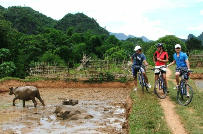 3-Day Mai Chau Valley Bike Tour from Hanoi