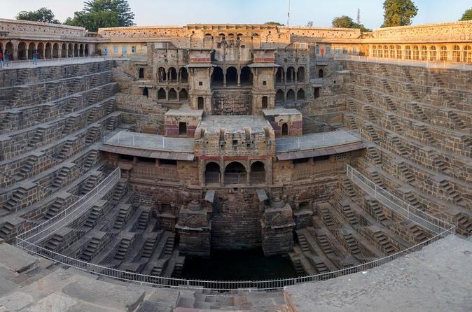 Full-Day Tour of the Chand Baori Step Well from Jaipur