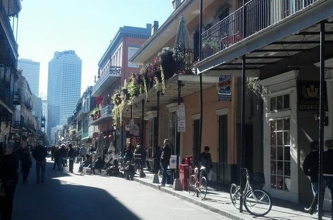 New Orleans Gay Heritage and Drinks Tour