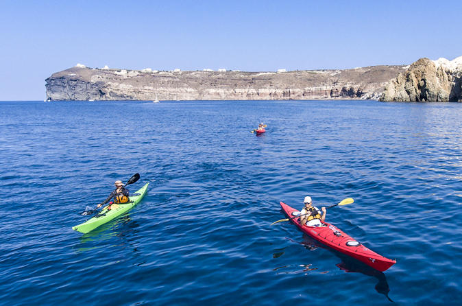 Sea kayaking tour in santorini from mesa pigadia in thera 508723