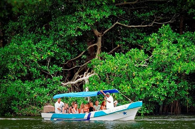 Los micos lagoon in parque nacional punta sal from tela in tela 210752