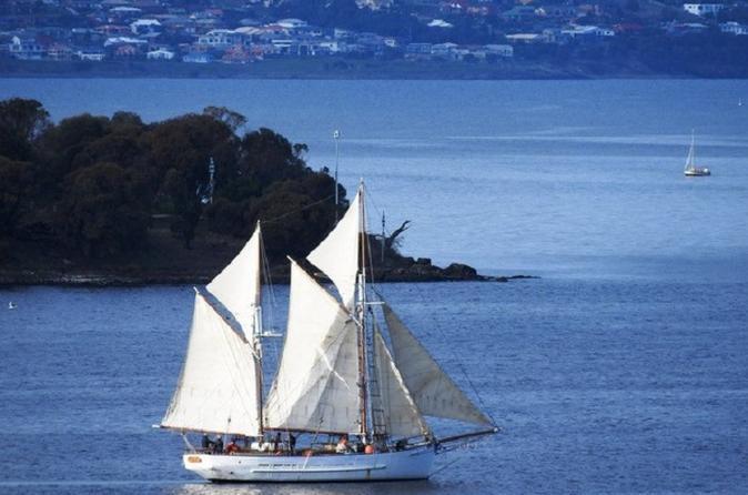 Tasmania Cruises, Sailing & Water Tours