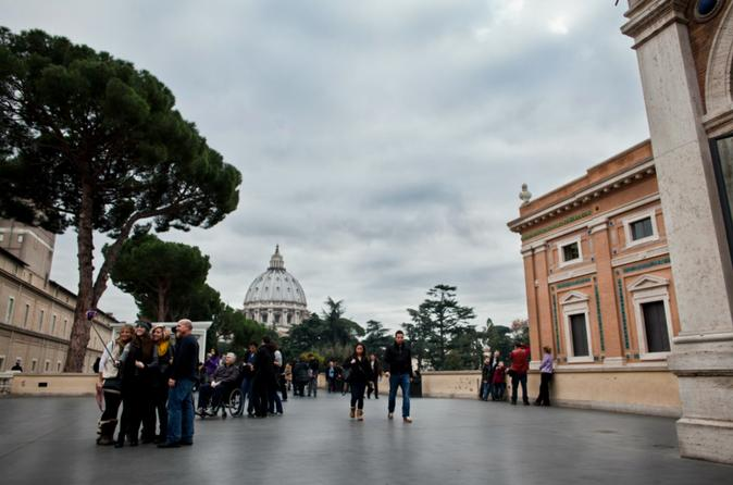 Private Vatican, Sistine Chapel and St. Peter's Basilica Tour