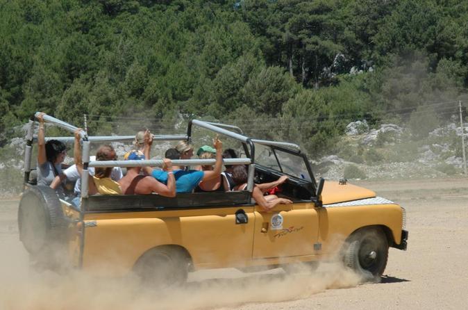 Jeep Safari Adventure around Green Canyon