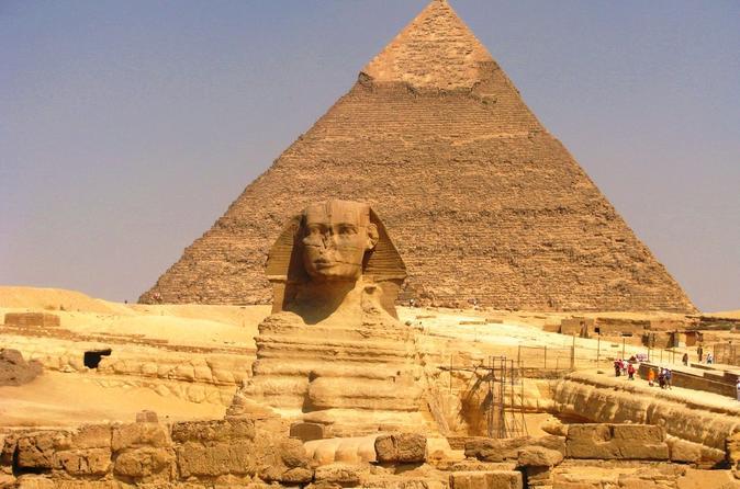 Discover Cairo: Pyramids of Giza Memphis and Sakkara including Lunch