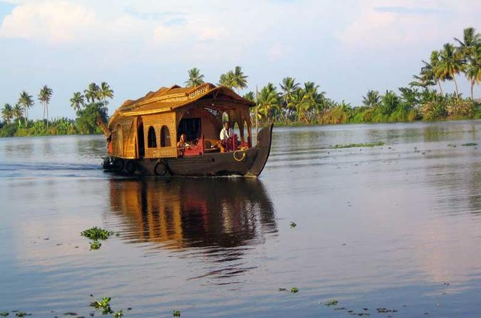 Kerala Cruises, Sailing & Water Tours