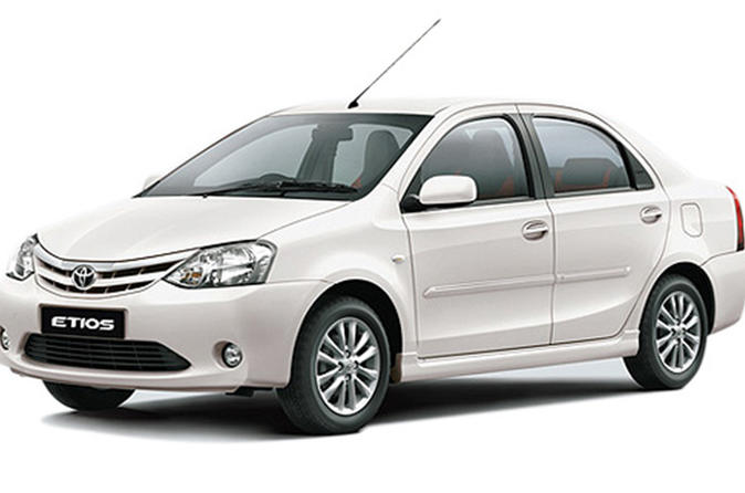 Private Transfer: From Hyderabad Hotel to Hyderabad Airport (HYD)