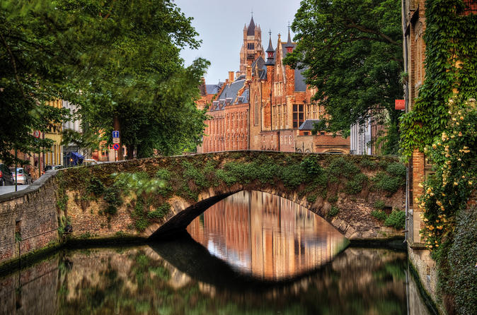 Bruges Day Guided Tour from Paris
