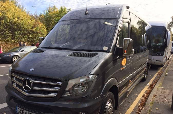 Arrival Transfer Madrid Airport to Madrid City, Toledo or Avila on Minibus