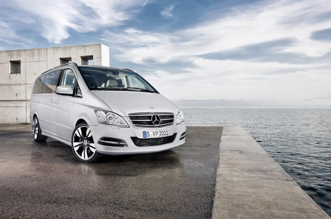 Moscow Domodedovo Private Airport Luxury Van Departure Transfer