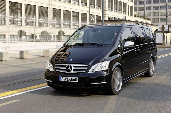 Private Departure Transfer: Central London to Stansted Airport in a Luxury Van