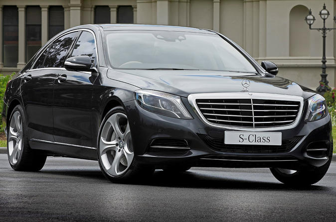 Private Departure Transfer: London City Airport to Central London in a Luxury Car