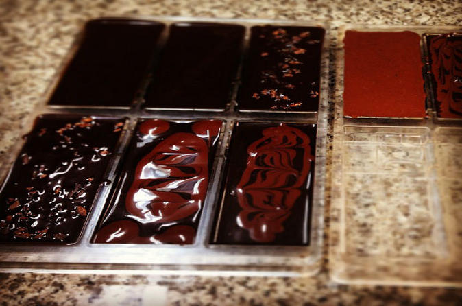 Make Your Own Chocolate Bar Class in Chinatown Oahu