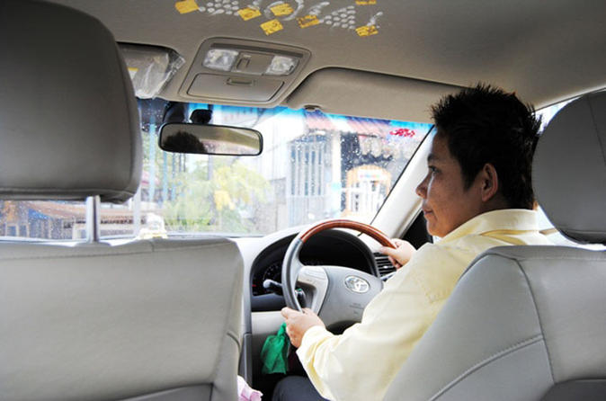 Private: 4-Hour Bangkok City Tour By Chauffeured Taxi